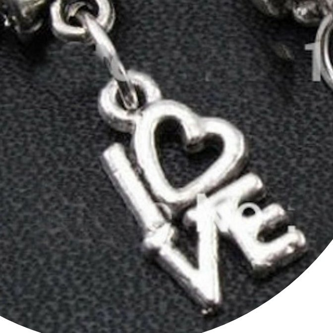 Love #charm #beads #gift #gifts #christmas  #gift #gifts #ring #pendant #fashon #necklace #earrings