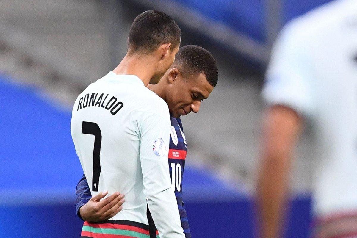Berita Terbaru Lepas Kylian Mbappe PSG Beli Ronaldo