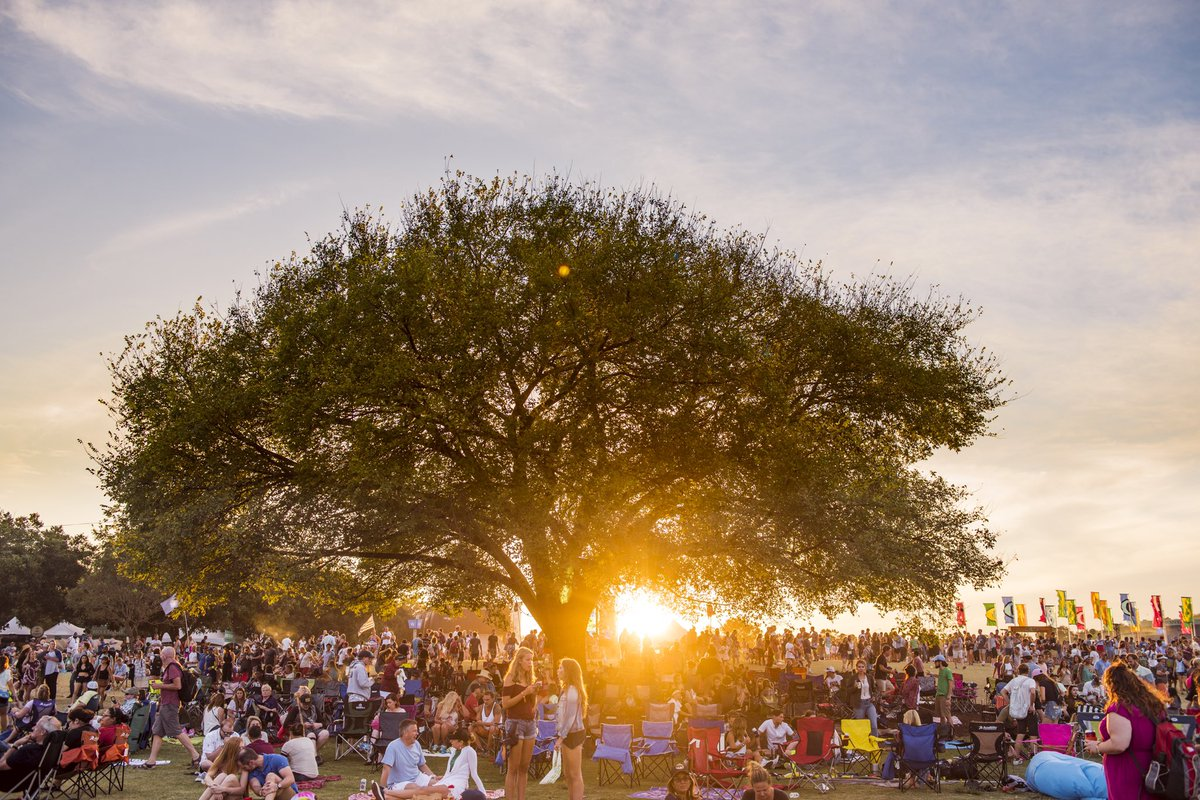 Day 3 of #ACLFest 2020 has officially begun! Watch 👉  🙌