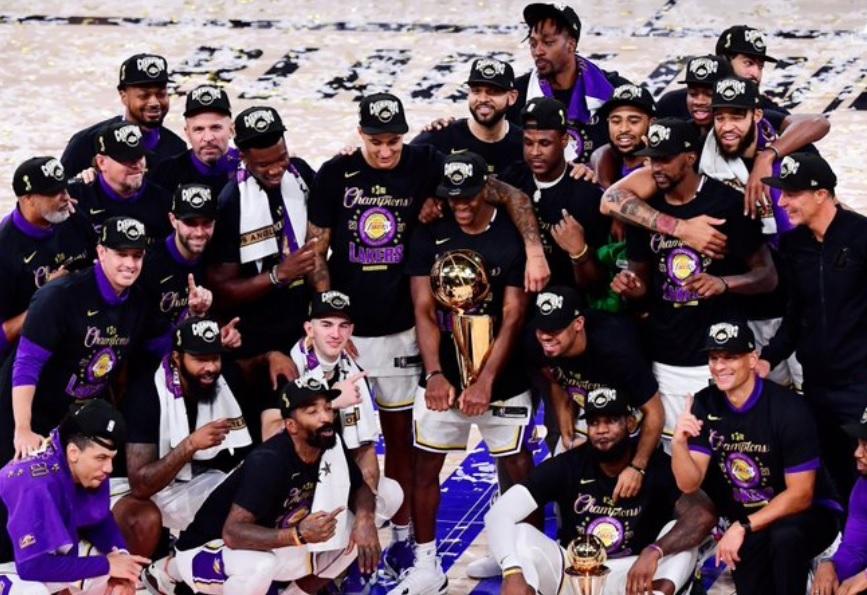 Diez años después los Lakers se coronan campeones de la NBA