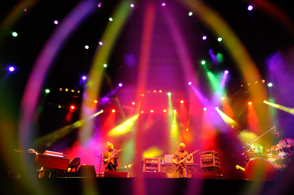 Coming up at midnight 🔥 we're closing out the weekend with @phish from #ACLFest 2010:  👈