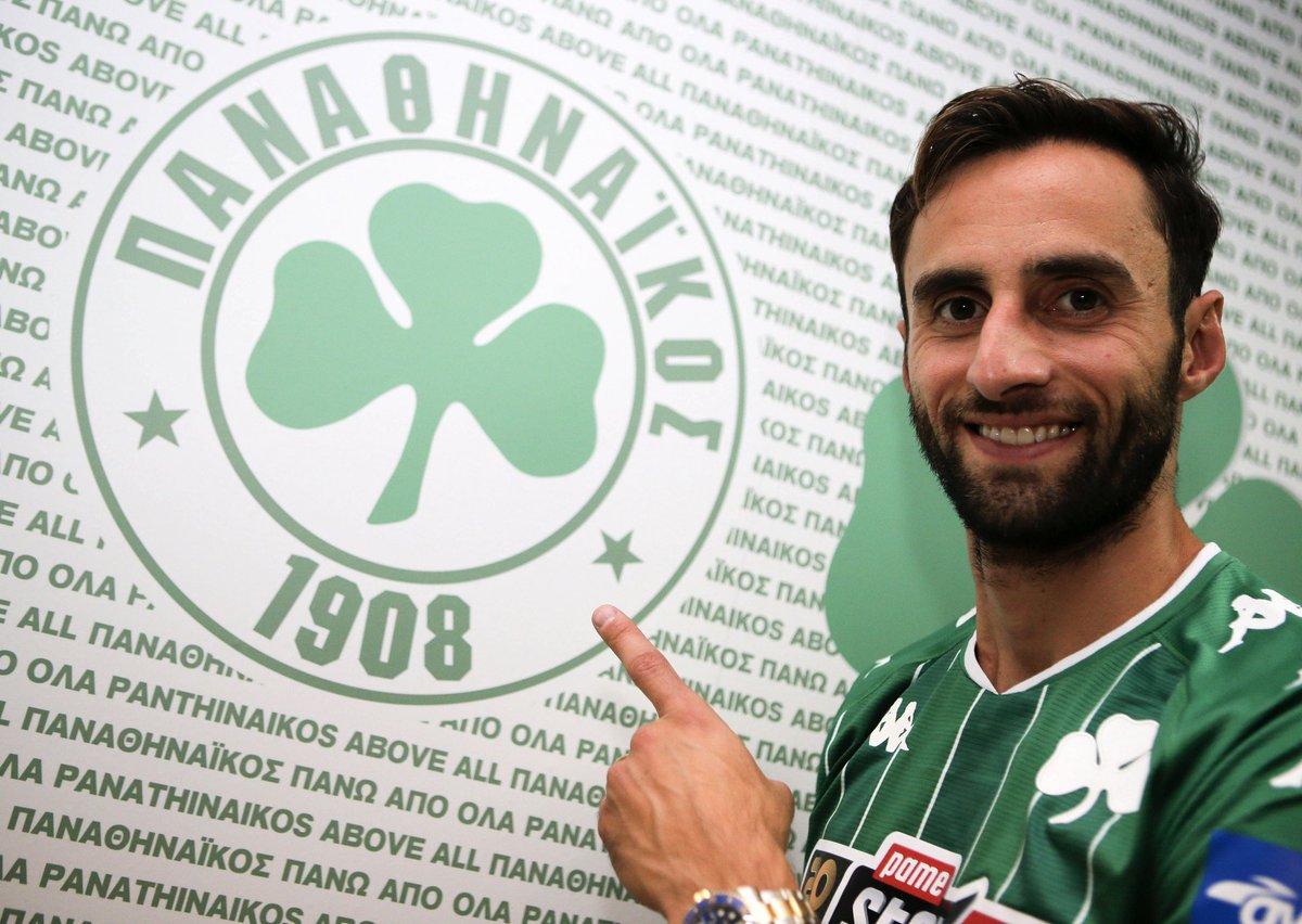 """Panathinaikos F.C. on Twitter: """"📷 Photostory: Mauricio signs his new  contract! 🟢⚪️ #Panathinaikos #paofc2020_21 #LikeGreensDo… """""""