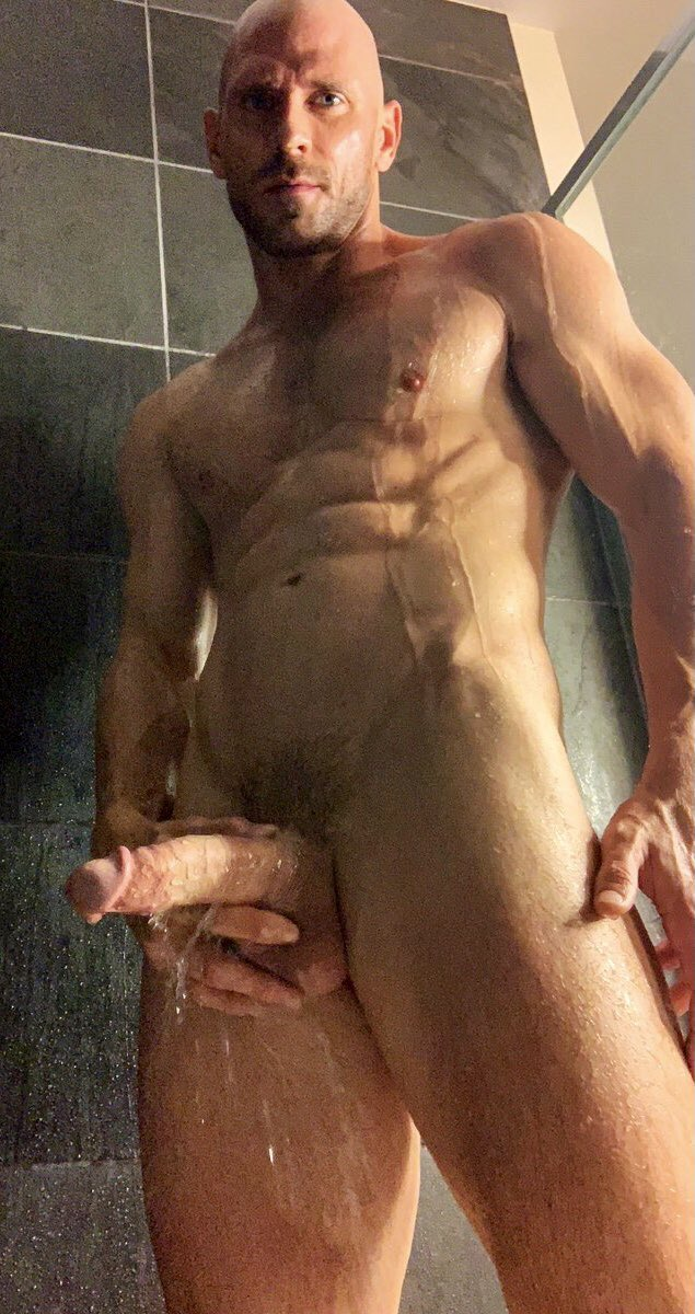 Dreaming of taking a shower with @JohnnySins