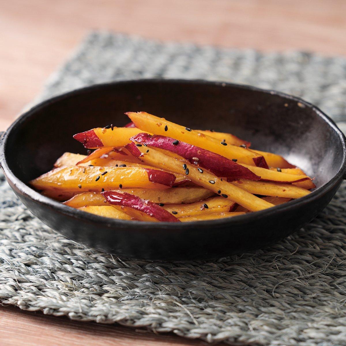 10月13日は #サツマイモの日 🍠さつまいものさっぱりきんぴらはいかがでしょう🍠「CO・OP野菜たっぷり和風ドレッシング」を使うことでさっぱり、おいもの甘みを楽しむきんぴらになりますよ✨(´∀`艸)♡ コノキセツニ ピッタリ ダネー🔽詳しいレシピはこちら🔽