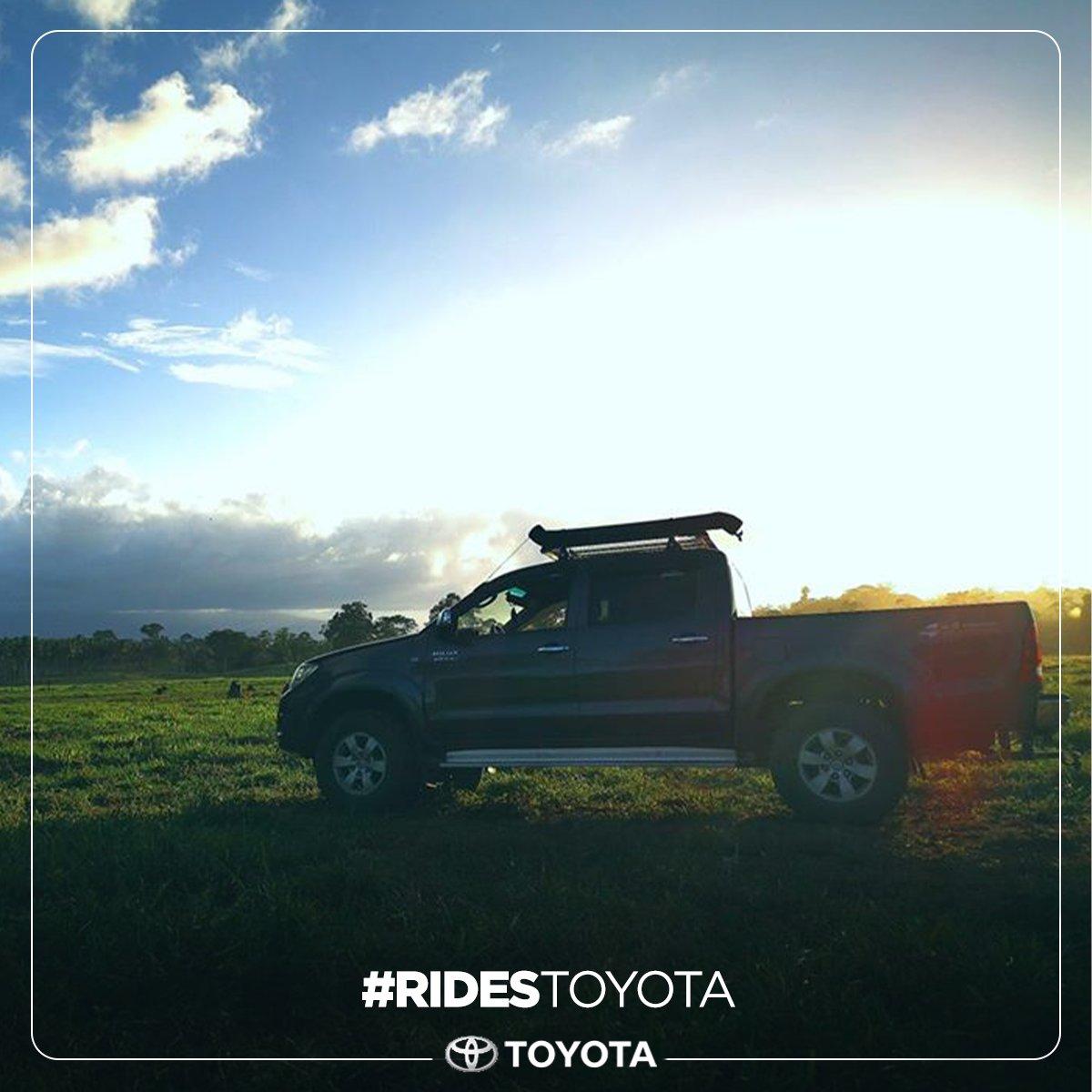 Todos tenemos nuestros lugares favoritos para irnos de ride.  📸 Maikol Méndez Rodríguez  #toyota #hilux #ridestoyota https://t.co/PFWdGnh8Wp