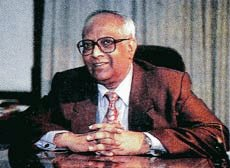 Jyotindra Nath Dixit (IFS:1958)  Padma Vibhushan awardee, J.N.Dixit served as India's second National Security Advisor. He was a member of First National Security Advisory Board.He served as Foreign Secretary and as Ambassador to Afghanistan, Bangladesh, Pakistan and Sri Lanka. https://t.co/MeVnZKYxHV