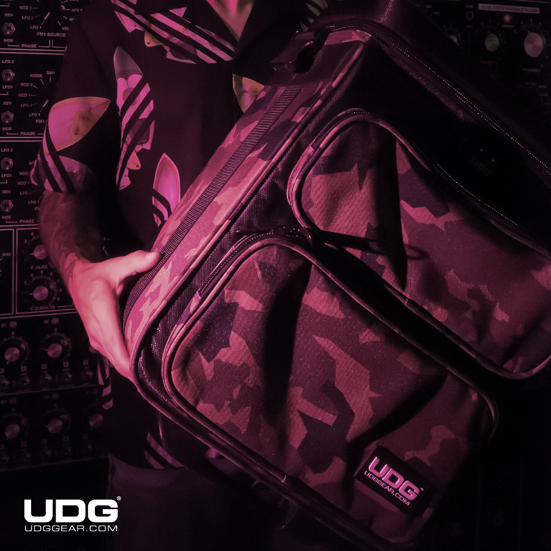 UDG Ultimate DIGI Trolley To Go in Black Camo Fabric  #UDG #UDGGEAR #CAMO #Deejay #Producer #DJLIFE #UDGonTheRoad #DJonTour #trolley #vinyl #Ilovevinyl #serato #rekordbox #traktordj #travelling #airport https://t.co/FVNB87HKWh