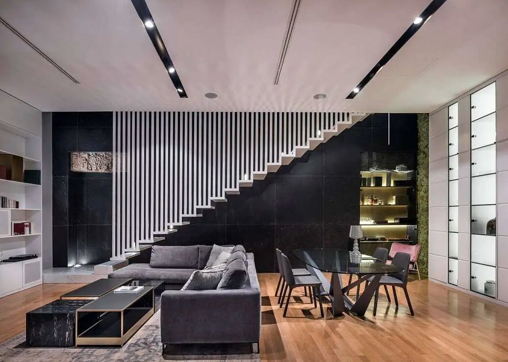 #EltonApproved Incroyable appartement de deux étages situé à Palerme, en Italie, a été repensé en 2018 par Luigi Smecca .  https://t.co/ndhs50KPRX ht…