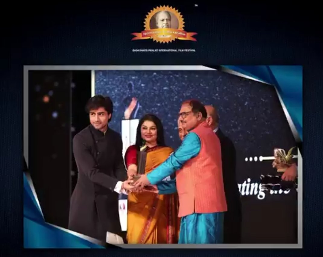 A moment of pride for every #HarshadChopda fan who gave their heart and soul to make sure he wins this #dpiff #dpiff2021 https://t.co/JYGdiQS7Gb