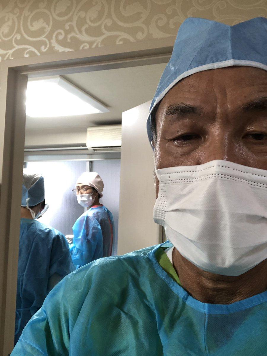 尾山台インプラント情報シンプルなオペをドクター2名、歯科衛生士1名で対応です。完璧な空間を作り上げて。