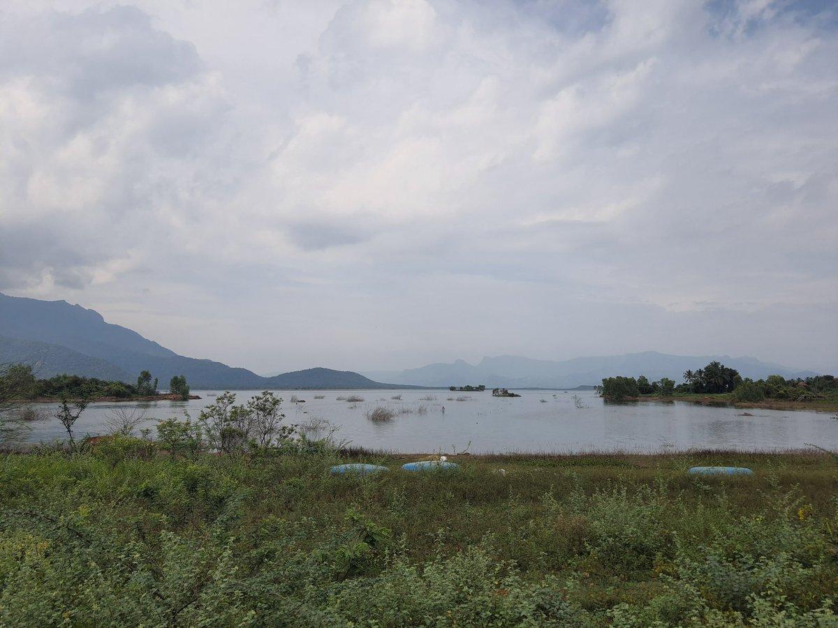 #Zeropoint of #bhavanisagardam #natureview #water https://t.co/tOYI8poDdM