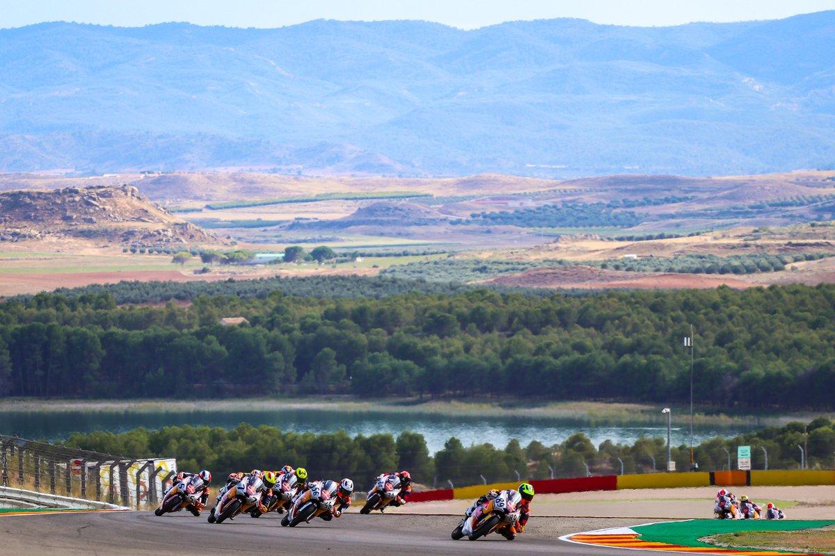 ⏱  Cuenta atrás para que arranque el Gran Premio Michelin® de Aragón en MotorLand.  La prueba se celebrará a puerta cerrada y bajo rigurosas medidas de seguridad, debido a la actual situación sanitaria.  Más info 👉 https://t.co/IbpzCQrx31  #AragonGP https://t.co/jKSHV86IJc