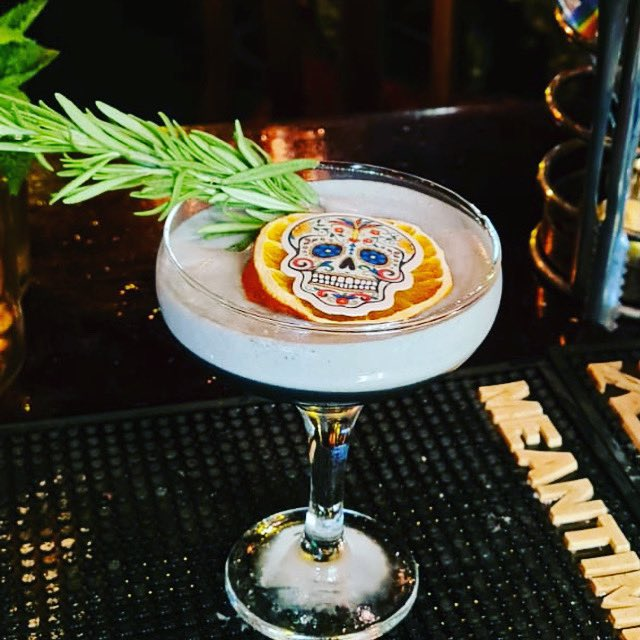 Los Muertos made with @OlmecaTequilaUK altos agave for our Halloween drinks list, only available in October! #halloween https://t.co/ybsqgTx0hM