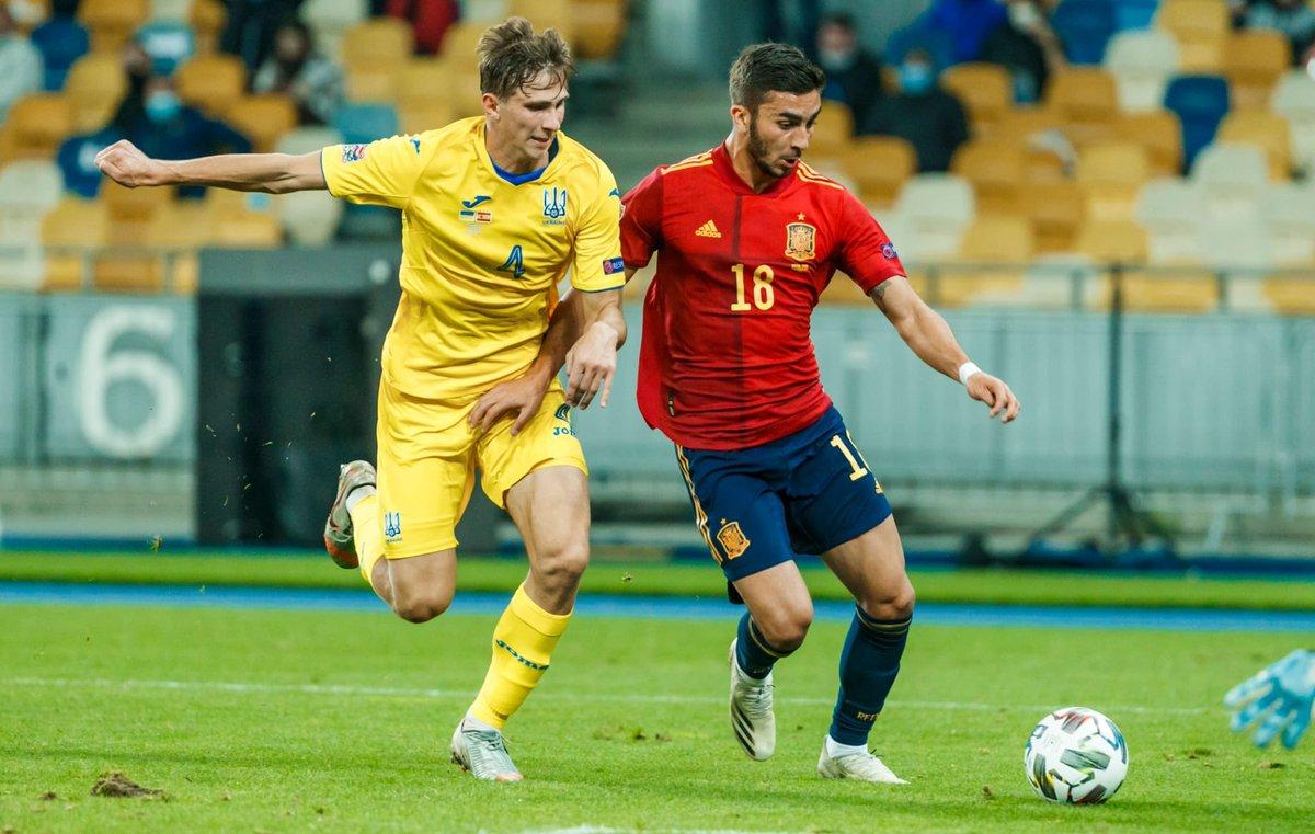 Acabamos la concentración con un mal resultado pero sin dudas de que podemos lograr el objetivo.  #SomosEspaña 🇪🇸@SeFutbol