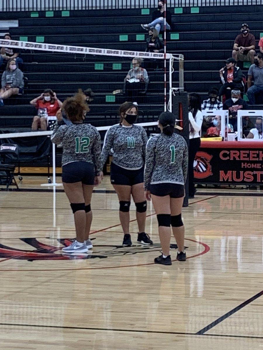 Cougar Freshman of BA taking on the Mustangs of Creekview HS. 🏐 @BryanAdamsHS @BACougar_Sports