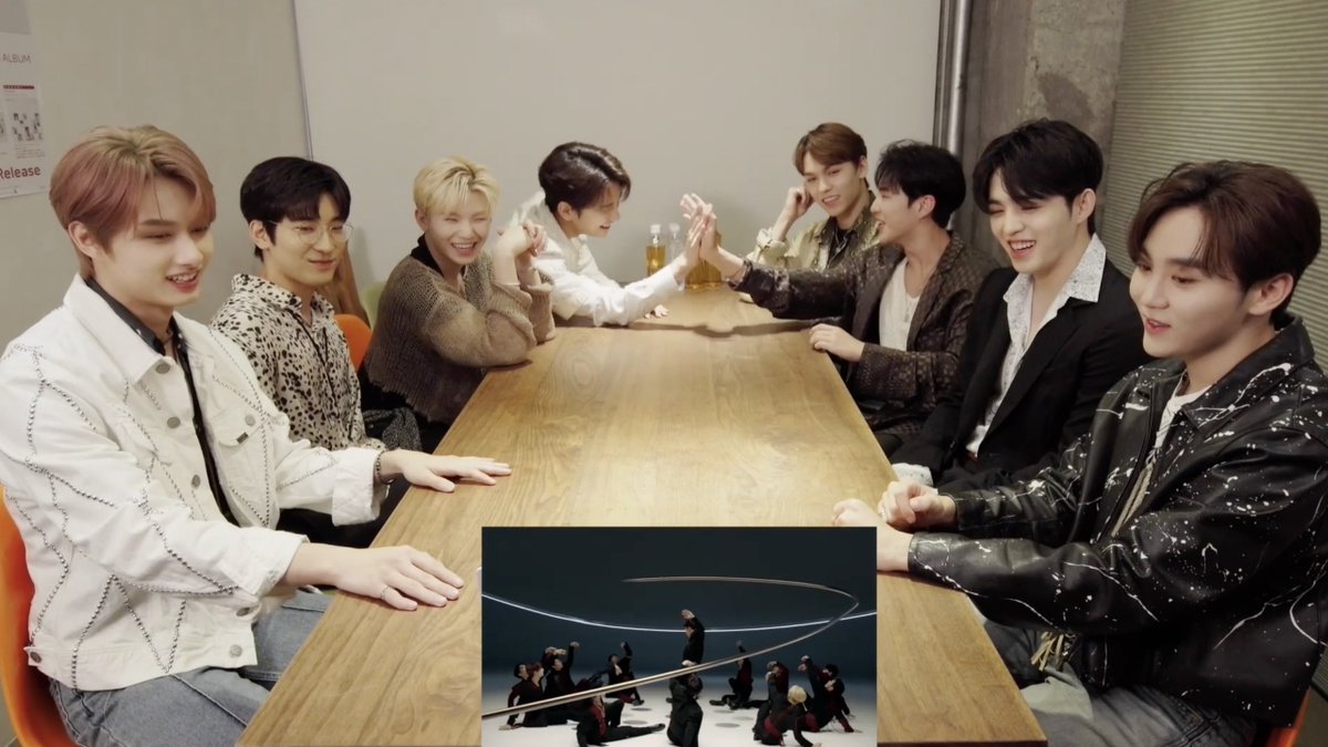 [#SEVENTEEN JAPAN NEWS] 「24H」MUSIC VIDEO再生1,000万回突破を記念して、エスクプス・ジョシュア・ジュン・ホシ・ウォヌ・ウジ・スングァン・バーノンによる「24H」MUSIC VIDEOリアクション映像を公開!  youtu.be/kYOyb7zb8P8  #SEVENTEEN_24H  #24H  #THANKS_CARAT