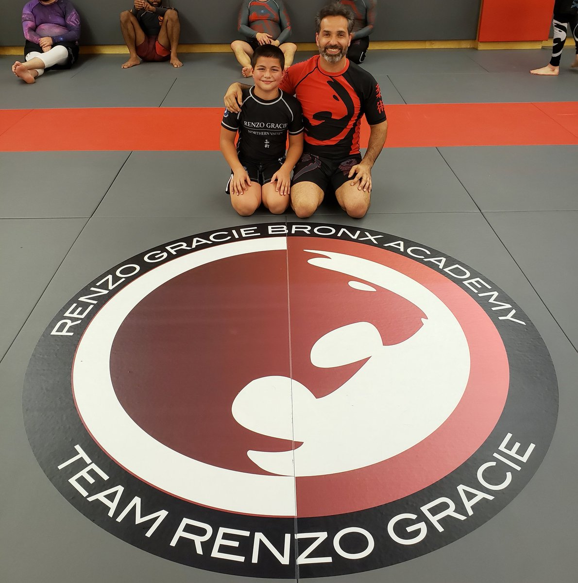 Johnny Underhooks came to train with me tonight. I'm sure this is the first of many more sessions to come in our future. John is 1 of my 9 nephews & nieces who train Brazilian Jiu-Jitsu. #famiglia #BJJ #TeamRenzoGracie #EveryDayPorrada #porra #myguy https://t.co/dJAX0HvNry