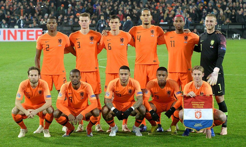 #วิเคราะห์บอล ฟุตบอล ยูฟ่า เนชั่นส์ ลีก (ลีก เอ) กลุ่ม 1 #อิตาลี(1) -vs- #ฮอลแลนด์(2) สนาม : เกวิสส์ สเตเดี้ยม เวลา 01.45 น. อิตาลี ต่อ 0.5 -5 สกอร์ที่คาด : 1-1 มั่นใจ : 77%  ⚽#บอลออนไลน์ https://t.co/3laS4SFsC5 #เงินชัวร์ 100% #เจ้ามือชาวต่างชาติ #ติดต่อ โทร.065-192-3333 https://t.co/Gj9SclPDaM