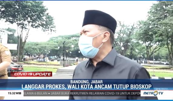 #Covid19UpdateMetroTV sejumlah bioskop di Kota Bandung, Jawa Barat sudah kembali beroperasi meski dengan kapasitas yang terbatas mengikuti aturan protokol kesehatan. Wali kota Bandung mengingatkan jika tidak mematuhi prokes dengan benar maka bioskop akan kembali ditutup.
