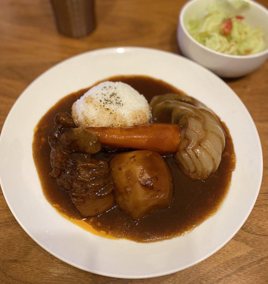 「炊飯器ほったらかし料理」サイコー✨今日の晩ご飯のポークシチュー🐷牛は高いので😅豚肉柔らかです💡かたまりの肉とかたまり野菜をぶち込んでスイッチオン!ほったらかしてる時間でブログを執筆!#飯テロ#料理男子#炊飯器#ブログ初心者と繋がりたい#主夫#起業#副業#わださん家