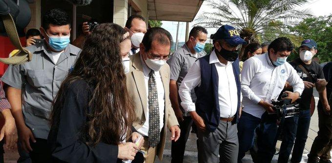 Cuarto bloqueo militar a juez Guzmán para acceder a los archivos sobre masacre El Mozote