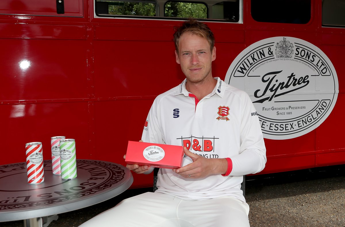 Congratulations @stephen_elsley, youve won a Champions @tiptree Afternoon Tea Box 🙌🥳 Well send you a DM to get your prize sorted 👌 twitter.com/EssexCricket/s…