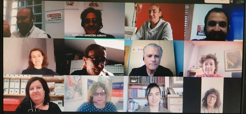 Hoy Ejecutiva ampliada de @serviciosccoo en #CastillaLaMancha   👀Seguimos en organizar sectores, afiliar,formar delegadxs,atención sindical,Negociación Colectiva  💪Grandes retos que nos marcamos para seguir creciendo y tener más fuerza en la mejora de las condiciones laborales https://t.co/m0xWojZ6nA