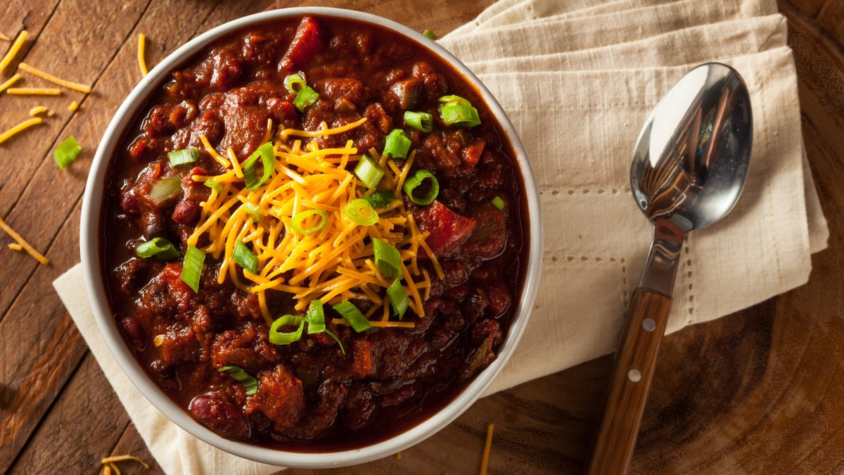 Lifehacker On Twitter Calling All Chili Enthusiasts To Honor The Start Of Chili Season We Re Hosting A Cook Off Lifehacker Style Here S How It Works You Send Us Your Very Best