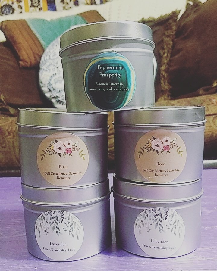 @veecstudio Hi! Im Maddie 😊😊😊 I make organic herbal products... Soy wax spell/intention candles, shea butter body lotions, original herbal tea blends and more :) Most of my products are under $10! etsy.com/shop/PeaceLove…