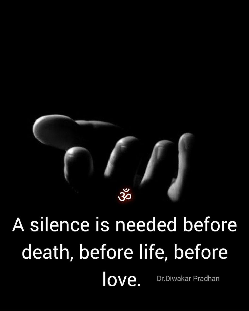 @AvdheshanandG ॐ अपने घर को  देख बावरे, सुख का जहां खजाना है। क्यों पर में सुख ढूंढ रहा है, क्यों पर का दीवाना है........ अस्तित्वबोध के प्रयत्न निरन्तर करते  रहें । @AvdheshanandG  #mindfulness #Mindset #Wisdom #वर्तमान_में_रहें #ध्यान #साधना #स्वबोध #स्वभाव_में_रहें #एकांतऔषधिहै #स्वस्मरण https://t.co/zMipSh8ZXm