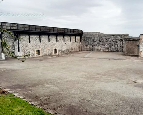 The Walls of Elizabeth Fort are open for you to Explore with plenty of space for social distancing Tuesday to Saturday 10am-5pm & Sunday 12pm-5pm  We look forward to welcoming you #PureCorkWelcomes #CorkCityCouncil #IrelandsAncientEast https://t.co/CN5z57FNcp