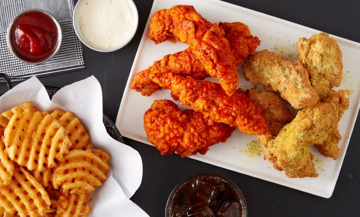 Happy #WingsOverWednesday! RT this for a shot at a free pound of boneless wings! Must follow to be eligible to win!
