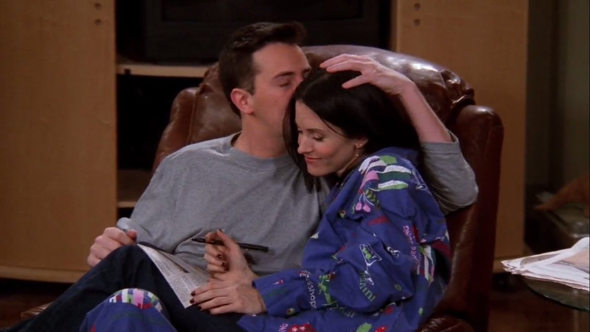 out of context friends (@friendstvclips) on Twitter photo 2020-10-14 21:07:28