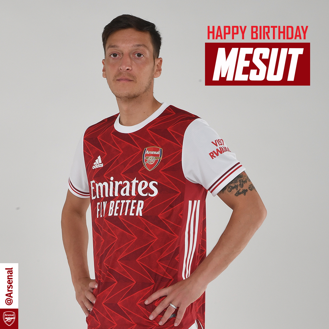 Happy birthday, Mesut! 🎈 🎂 @MesutOzil1088