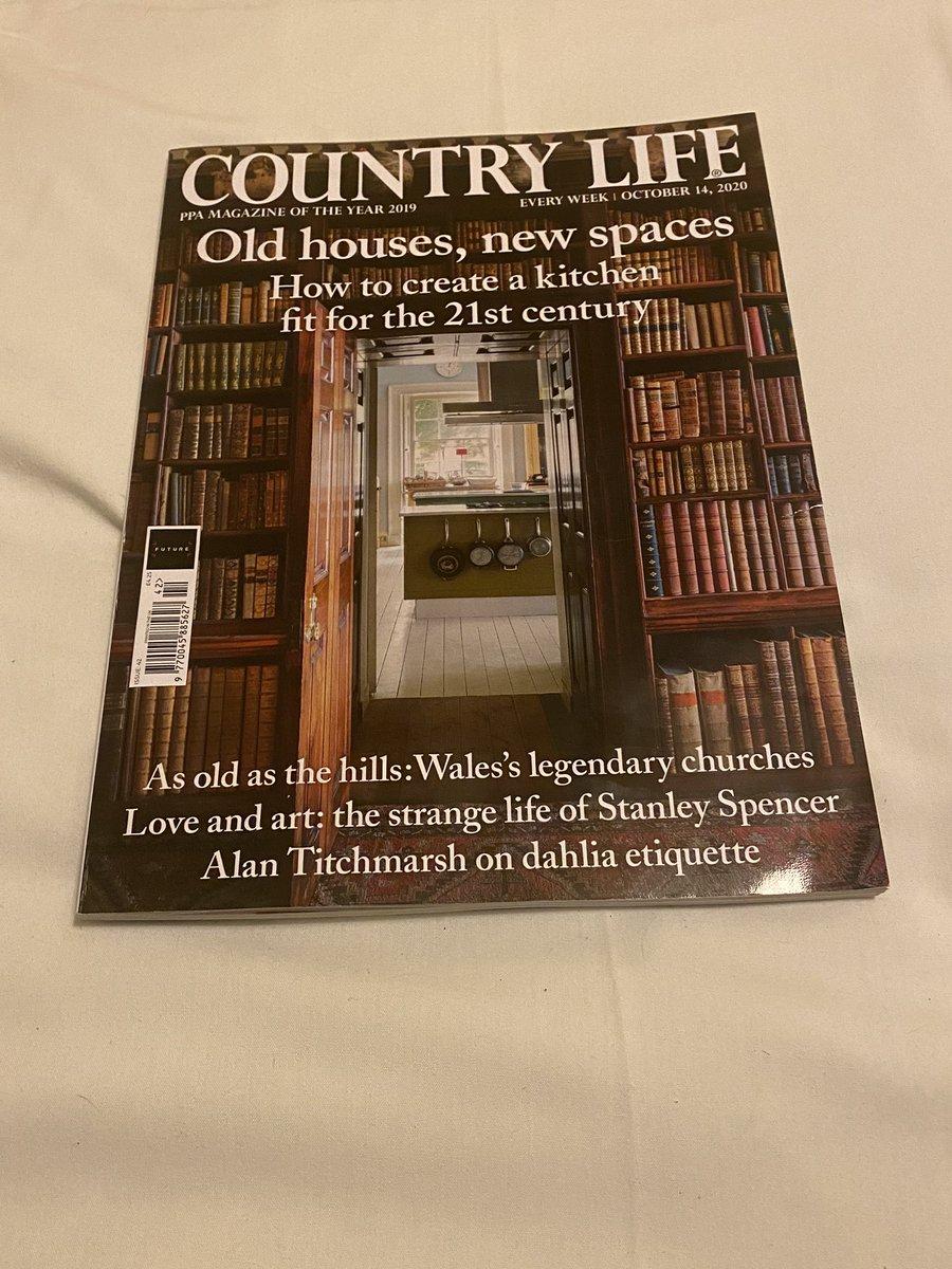 Hi all here's my feature in the Country life magazine today. Nature heals.  @JuliaBradbury @jonathanhoban @ChrisGPackham @TheMontyDon @rtaylorjones @levirootsmusic @TVsSimonKing @paulm_presenter @DrAndyMayers @bbc5live