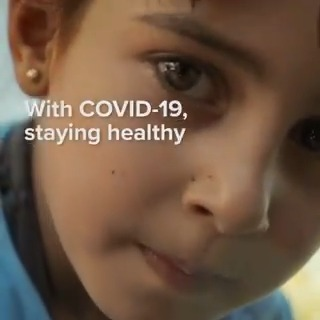 #GlobalHandwashingDay reminds us of the importance of washing our hands regularly to stay safe from diseases like COVID-19. 🧼  We are working with @lifebuoysoap @Unilever to promote effective handwashing to refugee families.