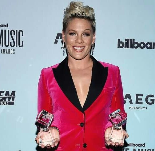 Beautiful Trauma Tour:  👉 Tour of the Year.  👉 Legend of Live Award.  👉 Artist of the Year.  👉 Touring Milestone Award. 👉 Top Touring Artist.   We stan a multi-awarded Tour.  Congratulations @Pink.  Now release the DVD to celebrate. 👀 https://t.co/STbZOcrxZ4