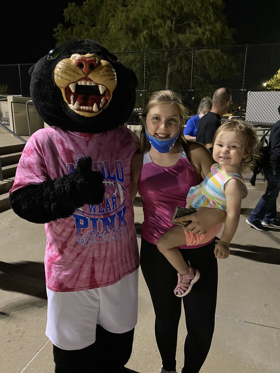 I really like getting to meet our young FSMS fans 🐾❤️🐾 #MISDPROUD #becausecubs #GoCubs