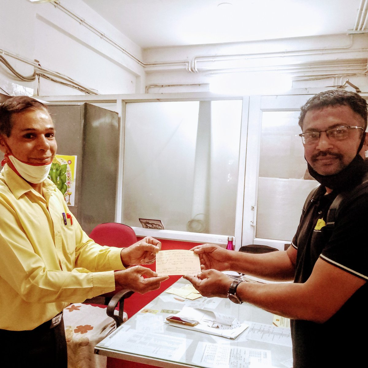 Thank-you Mr. Nagaraj and team at JP Nagar SPO, for you honest service. Happy International postal week. #WorldPostDay #postalserviceofindia