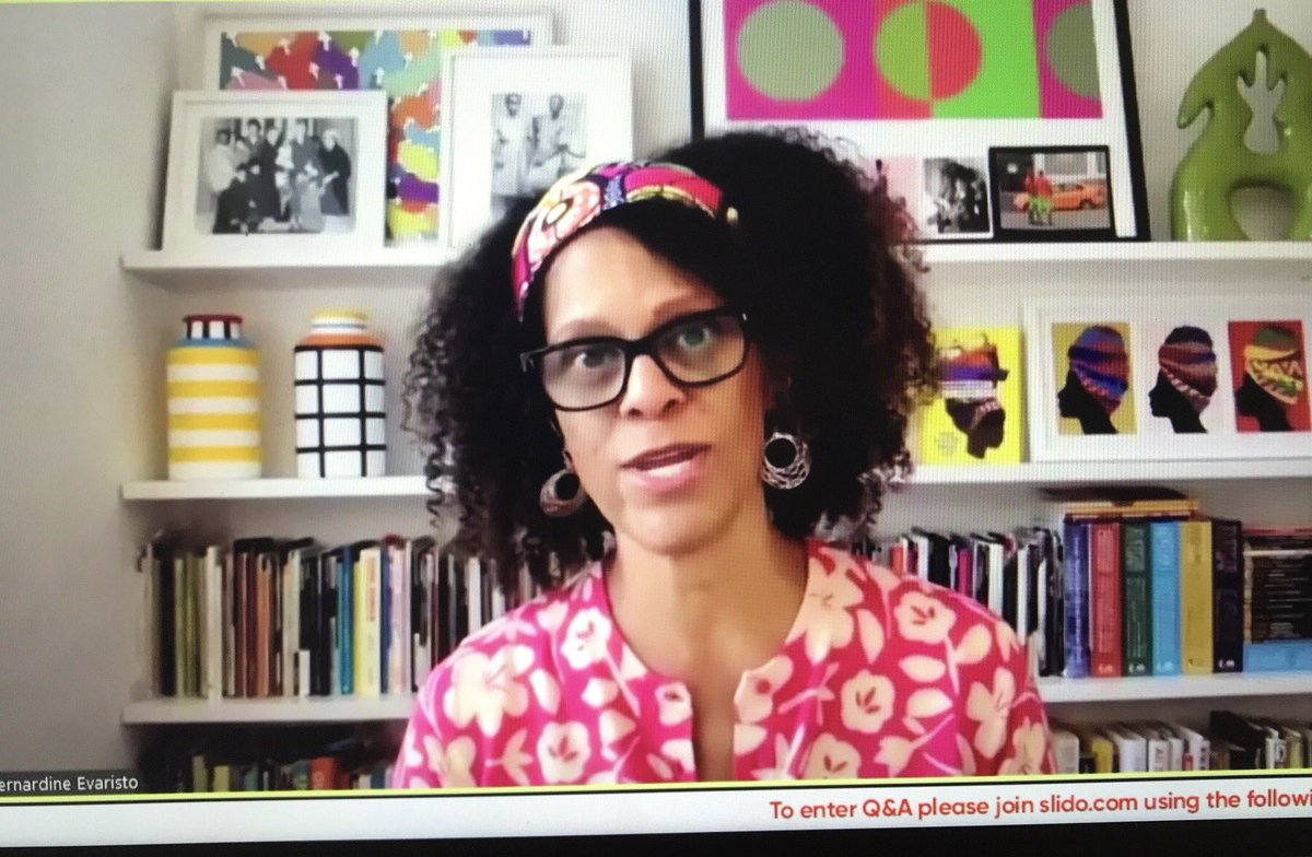 My keynote at #frankfurtbookfair yesterday. Publishing has long been an impenetrable fortress keeping people of colour out...the #blackwritersguild is holding publishers to account & we expect to see real change soon... (Cardy from M&S, headband my own. Photo ⁦@svanlente⁩