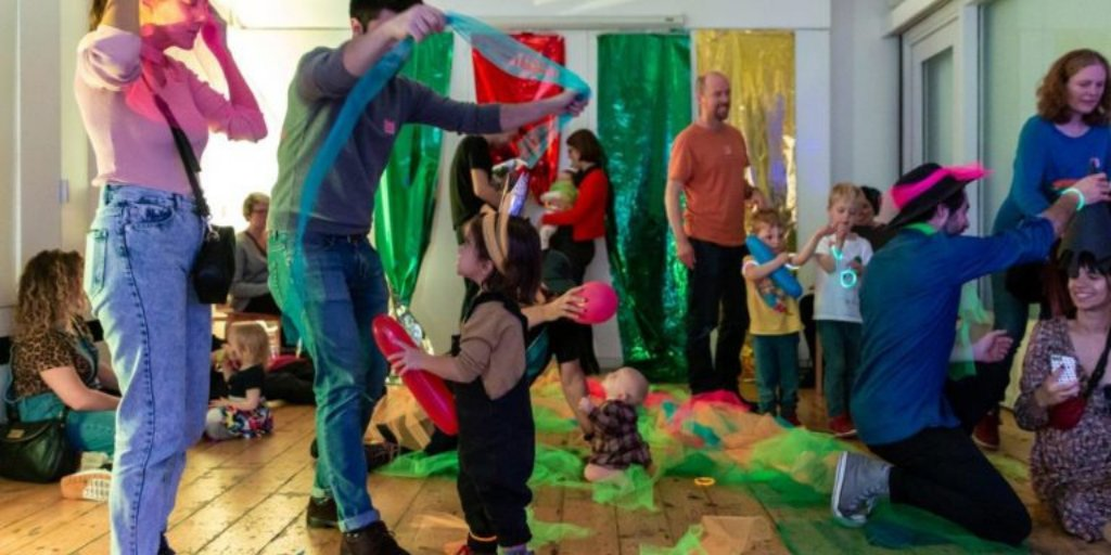 """Case Study from one of the winners of @familyarts1 @fantasticforfam Best Family Event Award 2020 🏆  ⭐Liat & Co's Bauhaus Baby Ballroom⭐  100Years of the#Bauhauswith families @_TheWhitechapel. """"an event bursting with form, function and fun"""" https://t.co/SdwQMz9aGM https://t.co/fQ7QAKdm4o"""
