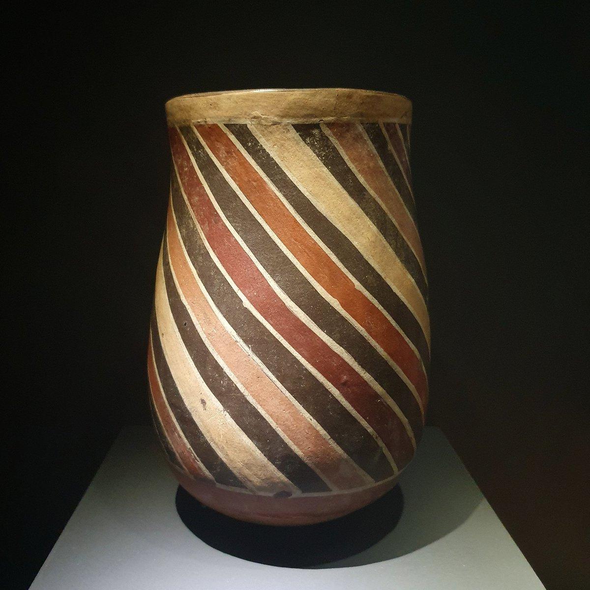 Vase, Nasca culture, southern coast of Peru, 100-600 CE, terracotta. https://t.co/xiTy4UiTYI