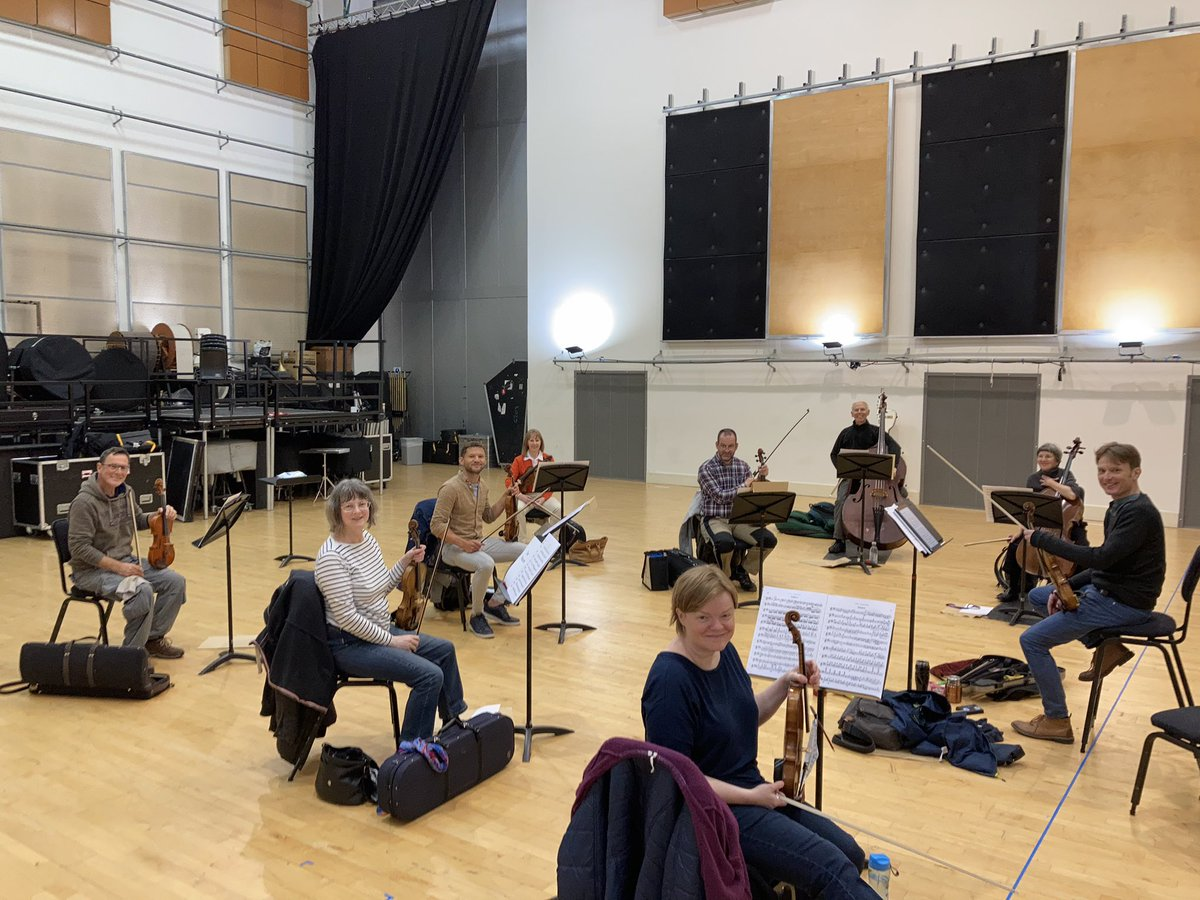 And now... more @WNOtweet strings @theCentre , playing Bach and Dvorak 🎼🎵🎶 (there's a pattern developing here...!) https://t.co/qs771AIptw