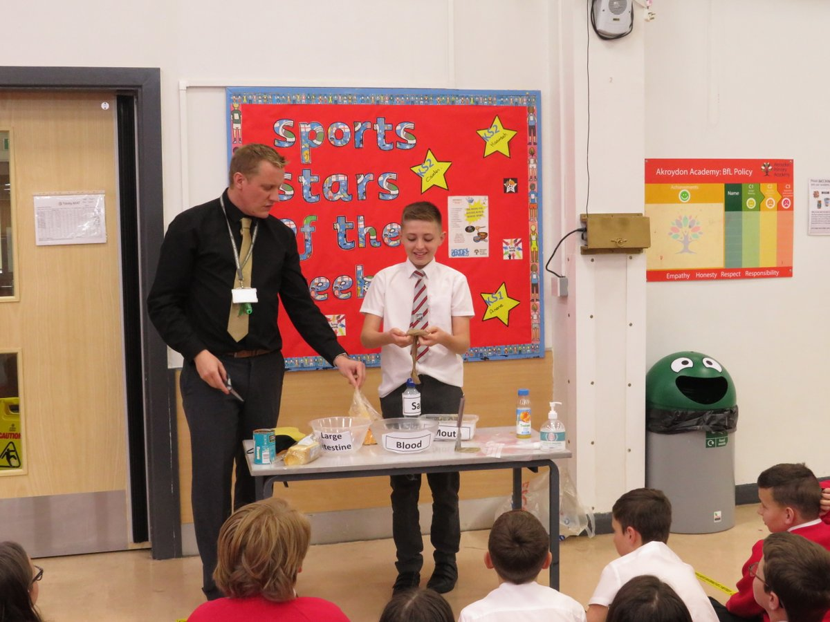 We had a great time with Mr Severn learning all about science the other day! He demonstrated how the digestive system works with his Akroydon helpers! ... We now all know how water and nutrients are transported and much more. A big thanks to him for such a fab day 👨🔬✨
