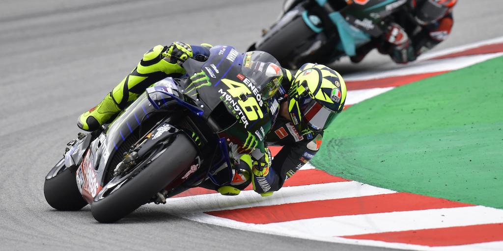 #ÚLTIMAHORA: Valentino Rossi dio positivo a #COVID19 y no correrá el #AragonGP de este fin de semana.  En breve, más información. https://t.co/p9O5NN9sC1