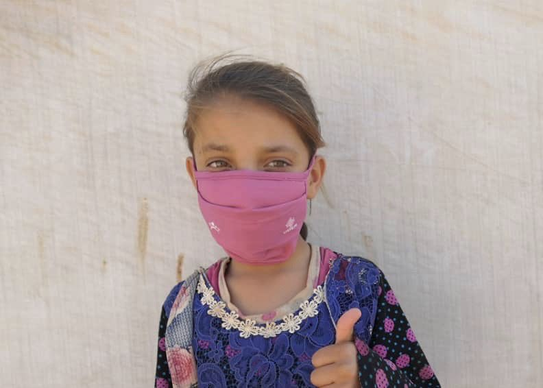 #Syria: Great to see all these reusable fabric masks being distributed by our humanitarian partners in camps in Idlib COVID19 is spreading fast. We need to keep distributing masks, encouraging people to wear them, and ensuring social distancing