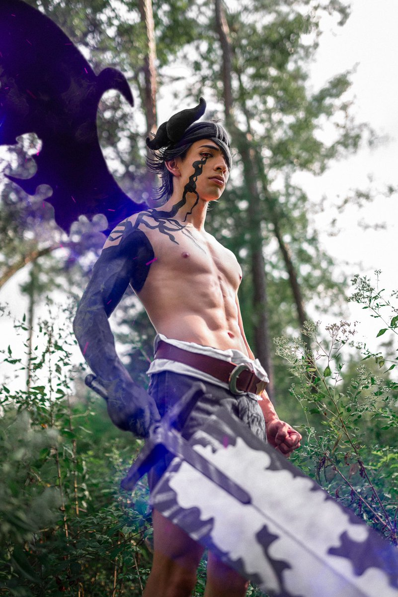 Astacosplay Twitter Search #black clover #julius novachrono #eye of the midnight sun #licht anime #anime. twitter