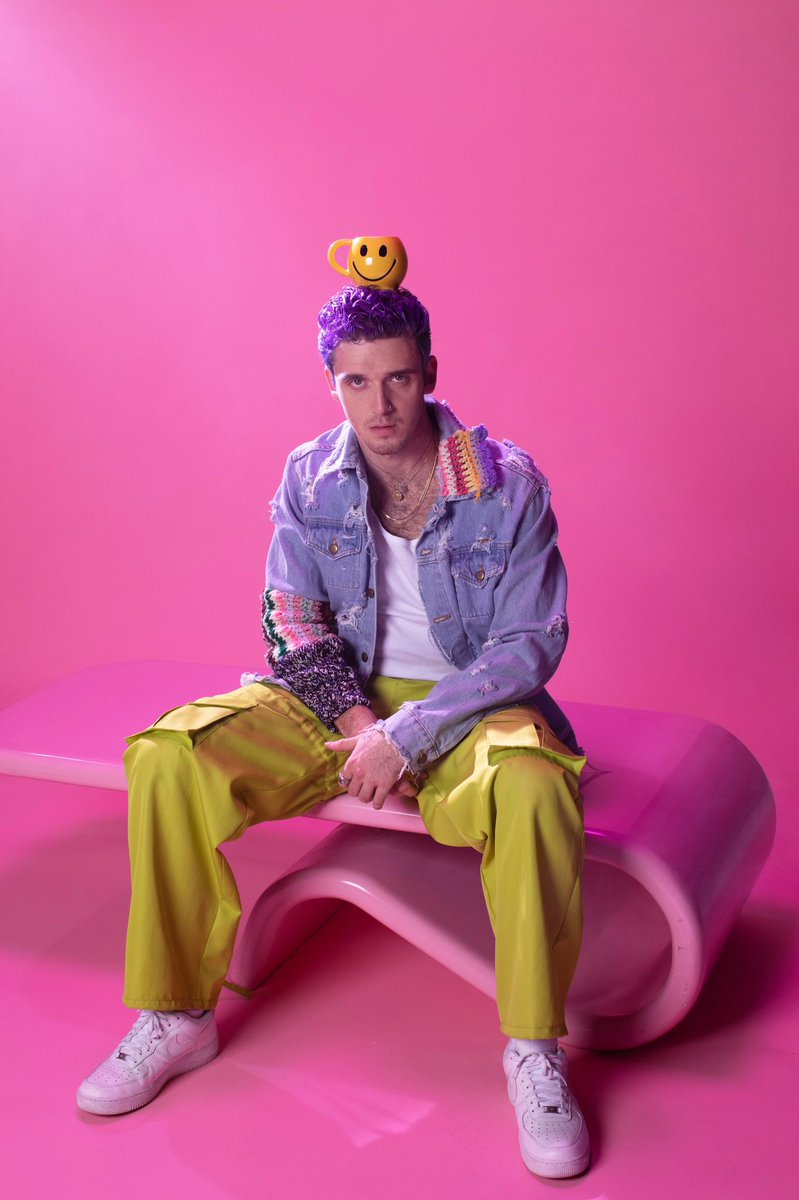 😃 @lauvsongs is stopping by #MTVFreshOut — cya tmrw at 5pm EST!