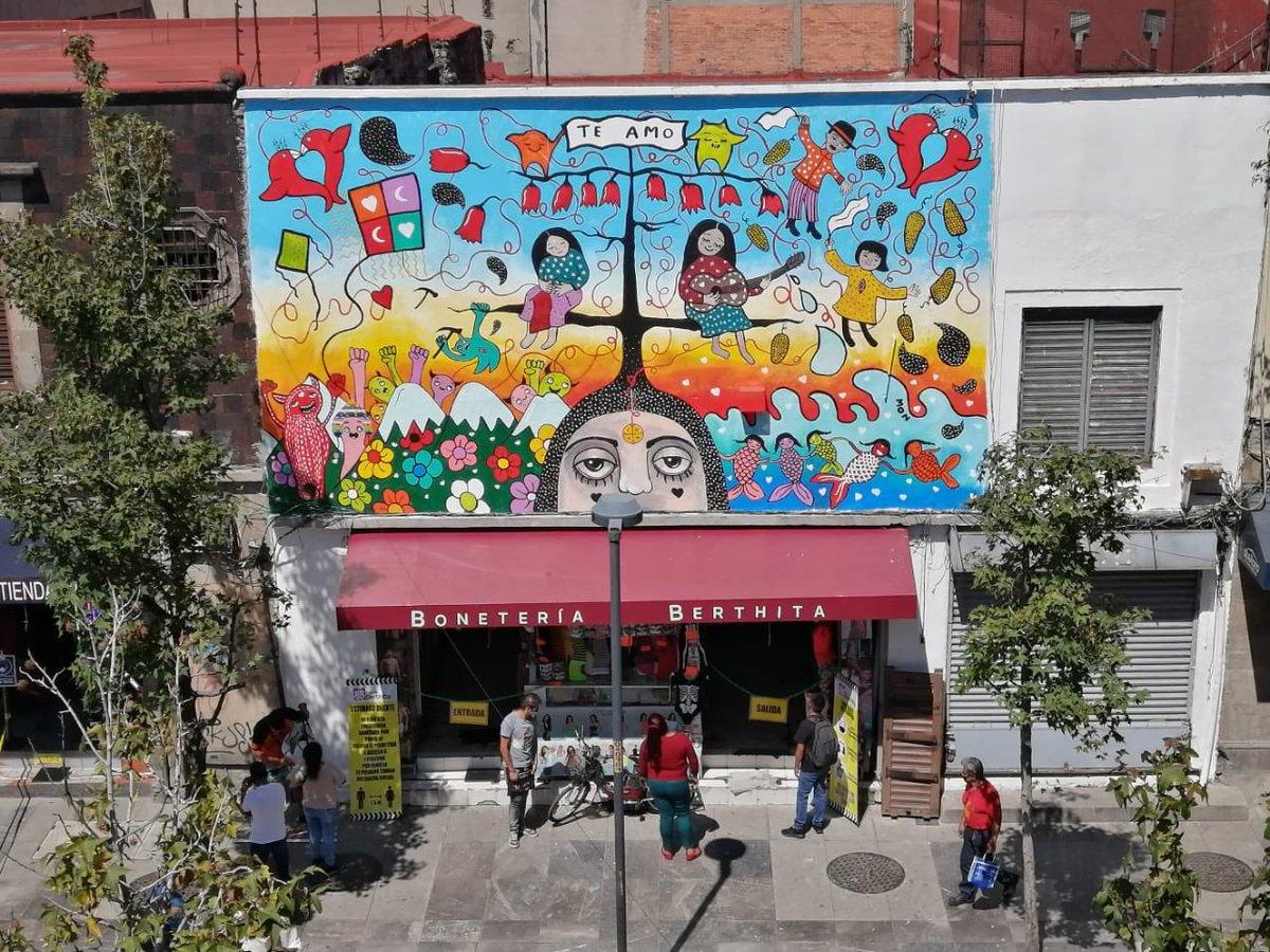 Resultado de imagen de murales de Mon Laferte