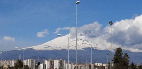 Attività stromboliana dell'Etna e cenere in atmosfera, chiuso settore dello spazio aereo - https://t.co/YHji086A64 #blogsicilianotizie